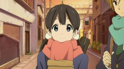 tamako_market-01-tamako-smiling-friendly-mochi-bag